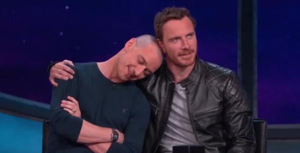 Phản ứng đủ kiểu của các nam diễn viên khi bị 'ghép đôi' với bạn diễn cùng giới