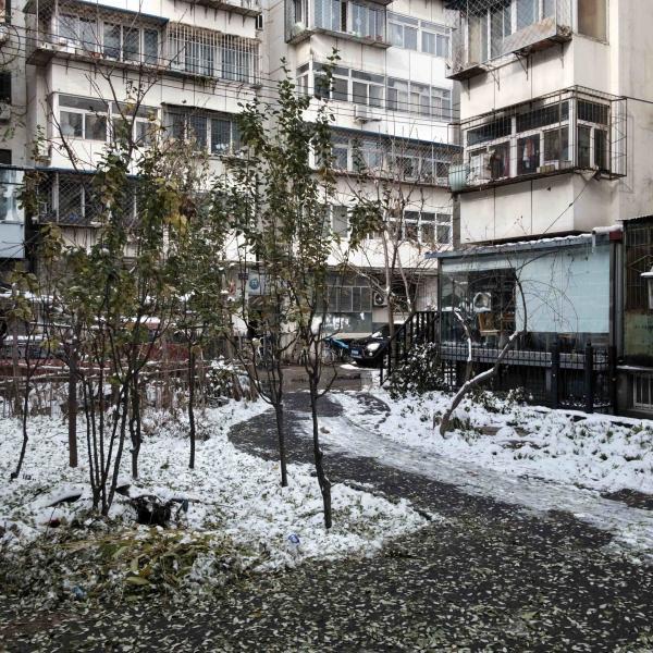 Dù là thời bình, người dân Trung Quốc vẫn sống trong các hầm trú bom dưới lòng đất?