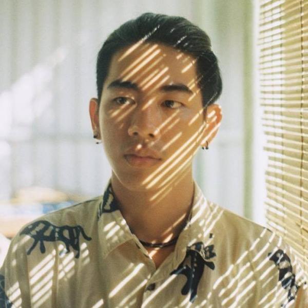 Chàng hoạ sĩ trẻ mê mẩn kết hợp cổ phong Việt Nam với... tranh kinh dị