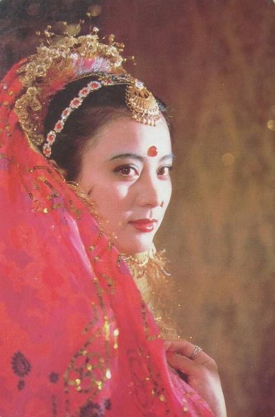 Phải 'ngả mũ' khâm phục thợ hóa trang của 'Tây Du Ký' 1986 sau khi xem những bức ảnh hiếm này