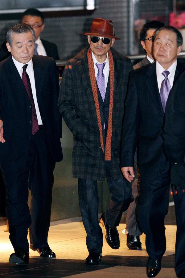 Hải sâm tại Nhật Bản đang bị 'đuổi cùng giết tận' bởi... các băng đảng Yakuza