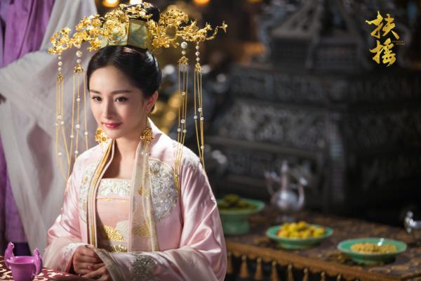 Sau Lâm Tâm Như - Triệu Lệ Dĩnh, đến lượt Dương Mịch bị soi cận cảnh nhan sắc già nua