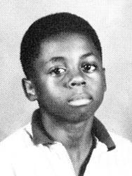 Ngắm ảnh 'áo trắng em tới trường' của sao Hollywood mới thấy ai cũng có một thời 'cute lạc lối'