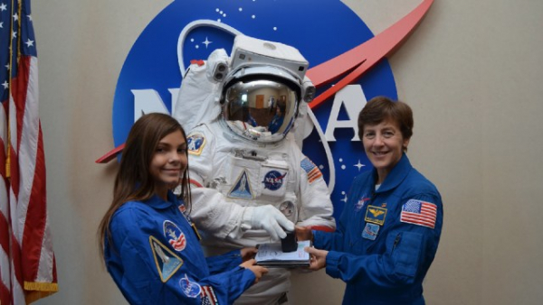 Chân dung thiếu nữ 17 tuổi sẽ trở thành người đầu tiên đặt chân lên sao Hỏa