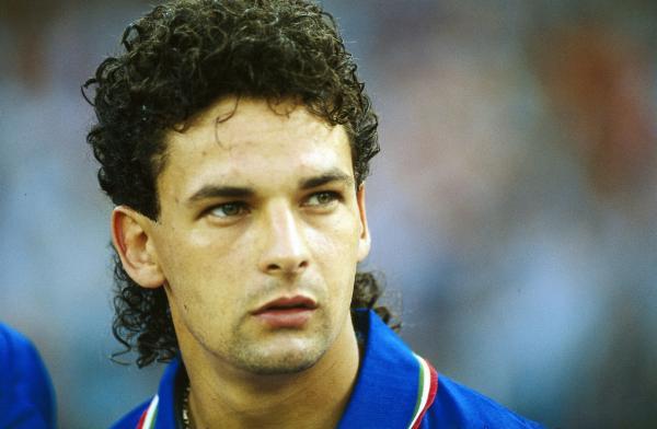 Dù chưa từng nâng tượng vàng World Cup, 10 cầu thủ này vẫn là huyền thoại trong lịch sử bóng đá