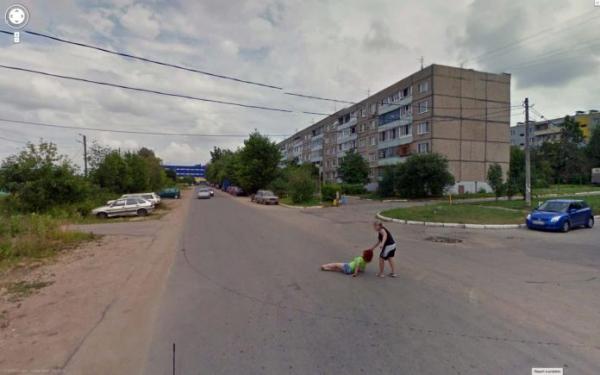 10 tấm ảnh kinh dị mà Google Street View vô tình chụp được