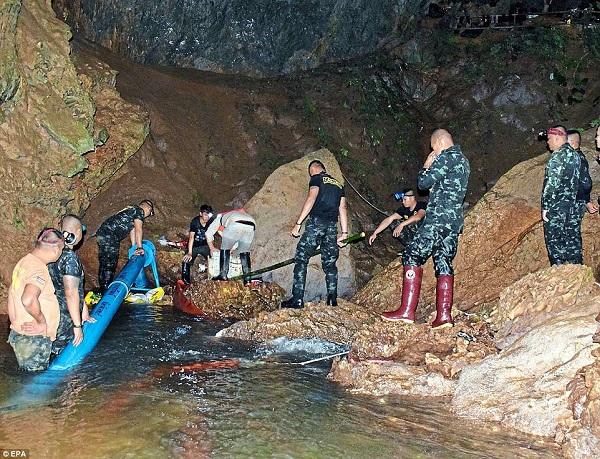 Hành trình giải cứu đội bóng bị mắc kẹt trong hang động Thái Lan sẽ được dựng thành phim