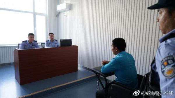 Chuyện lạ có thật: Bắt được tội phạm thứ 8 trong concert của Thiên Vương Hong Kong Trương Học Hữu