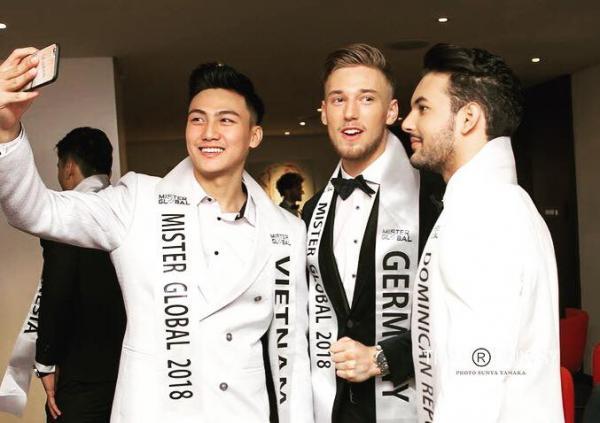 Đại diện Việt Nam kêu gọi đồng hương bình chọn cho mình tại Mister Global 2018