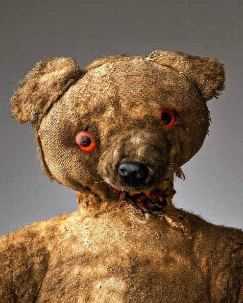 Gấu bông, búp bê creepy chẳng ai dám mua nhưng hét giá lên tới hàng triệu đồng