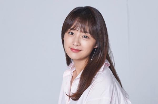 Phim mới của Song Joong Ki là siêu phẩm kì ảo đầu tiên của Hàn Quốc, Jang Dong Gun cũng sẽ góp mặt