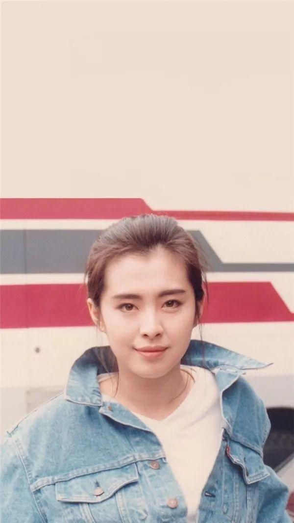 'Rửa mắt' với phong cách thời trang đỉnh cao của các đại mỹ nhân Hồng Kông thập niên 90