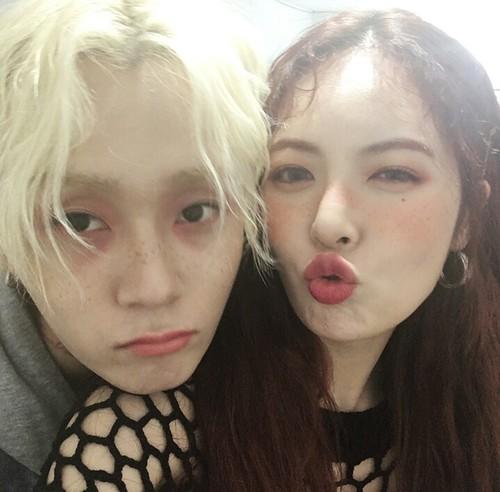 Mặc kệ công ty phủ nhận, HyunA và E'Dawn (PENTAGON) chính thức xác nhận đã hẹn hò gần 2 năm