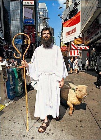 Kì lạ hội chứng hoang tưởng rằng mình là... Chúa
