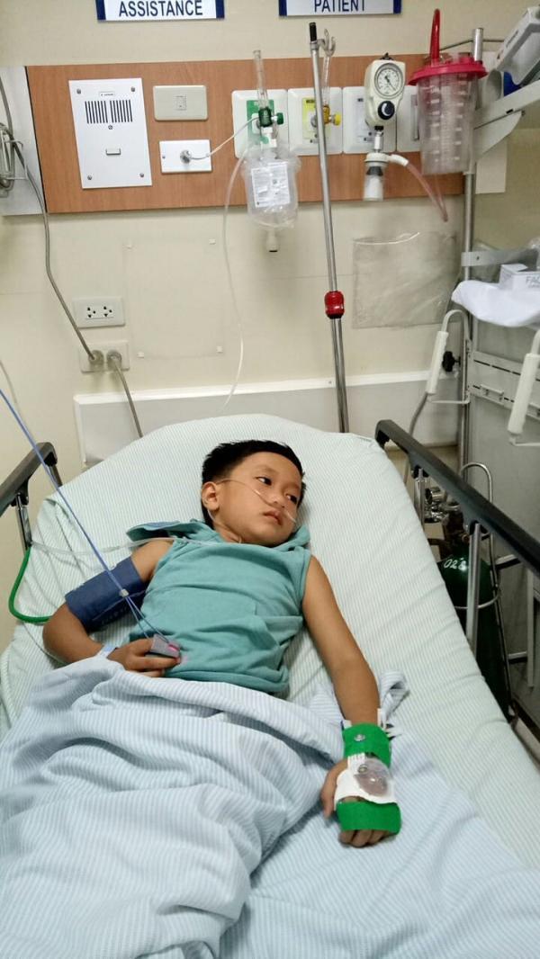 Cậu bé bị co giật và động kinh vì chơi điện tử liên tục 9 tiếng một ngày