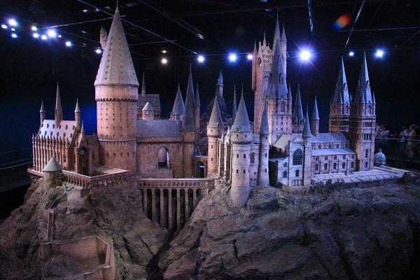 Trường pháp thuật Hogwarts - giấc mơ của mọi đứa trẻ đã có phiên bản đời thực