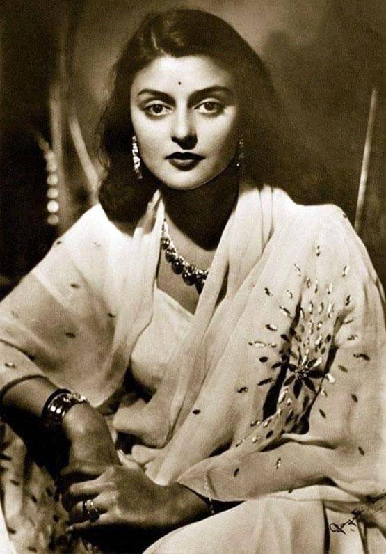 10 sự thật về mỹ nhân Ấn Độ được tạp chí Vogue đánh giá là 'đẹp nhất thế giới'
