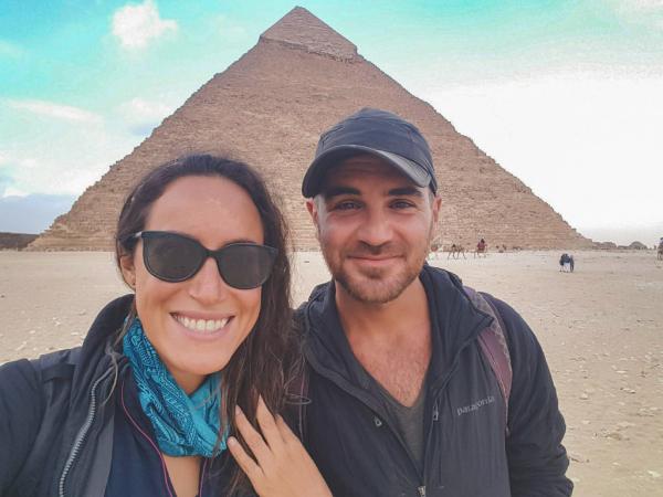 Cặp đôi 'phượt' bằng xe đạp tin rằng con người rất tốt trước khi bị giết bởi IS