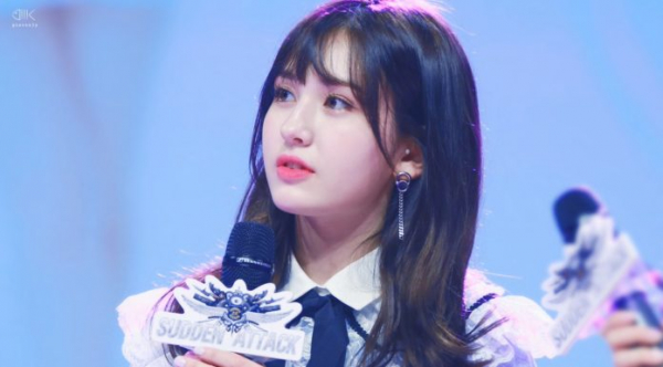 Thuyết âm mưu: Jeon Somi rời công ty vì JYP thiên vị, chọn Shin Ryu Jin làm center?