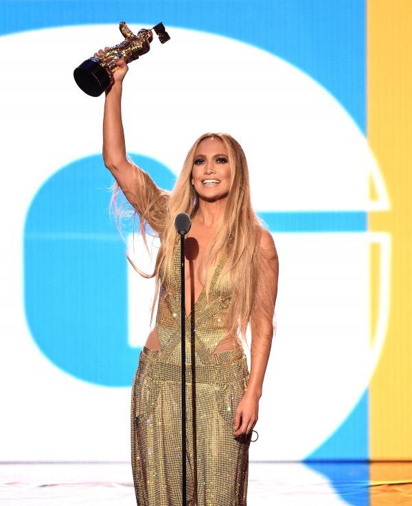 Những khoảnh khắc ấn tượng gói gọn cả VMAs 2018 dành cho những ai bỏ lỡ