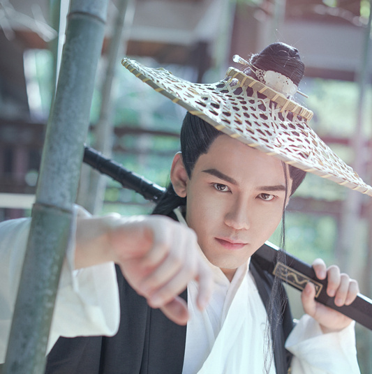 Thích ngôn tình, mê phim cổ trang thì nhất định phải biết 10 'đại thần' hát nhạc cổ phong Trung Hoa