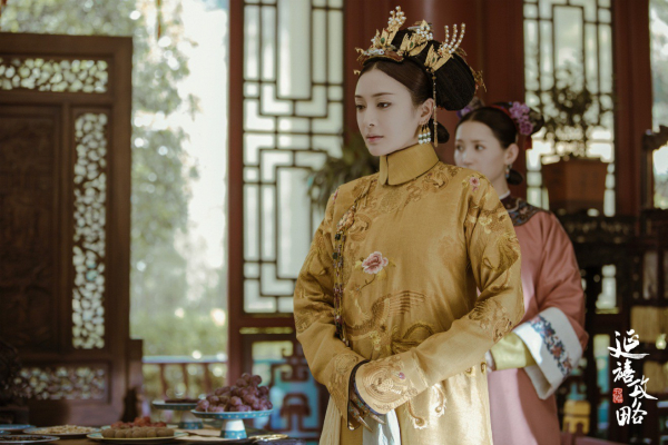 'Phú Sát Hoàng hậu' Đổng Khiết: Kén fan vì độc ác nhưng vẫn hot nhất phim nhờ nhan sắc 'khuynh thành'