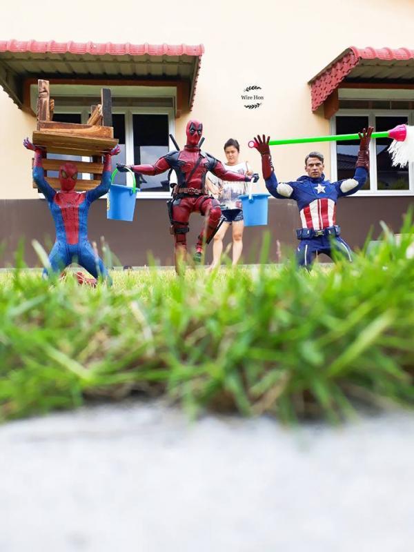 Khi dàn siêu anh hùng làm 'oshin' cho nhà bạn