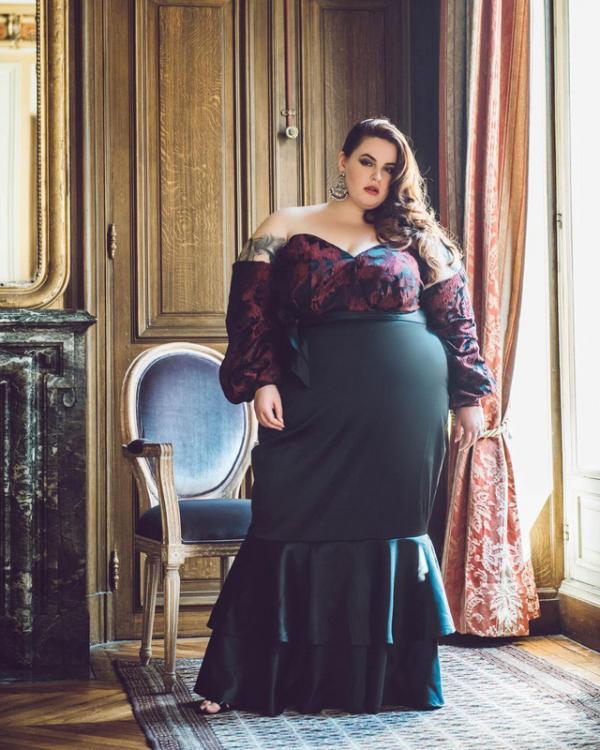 Để người mẫu 120kg xuất hiện trên trang bìa, Cosmopolitan gây tranh cãi vì tôn vinh bệnh béo phì
