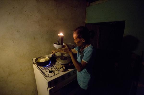 Dưới đáy vực khủng hoảng, người dân Venezuela phải ăn thịt thối, sống cuộc đời như địa ngục trần gian