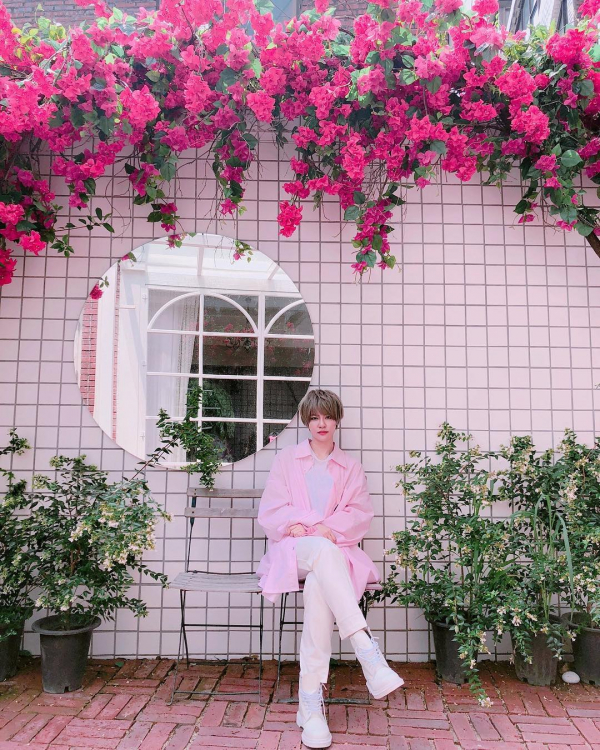 Sau Amber (Fx), lâu lắm rồi làng giải trí xứ Hàn mới rộn ràng trước vẻ đẹp phi giới tính của một nữ idol