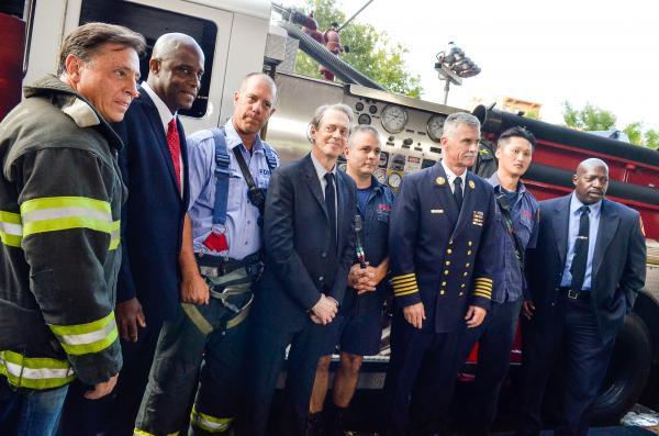 Mỗi khi tưởng niệm sự kiện 11/9, mọi người đều nhớ đến câu chuyện đáng khâm phục của tài tử Steve Buscemi