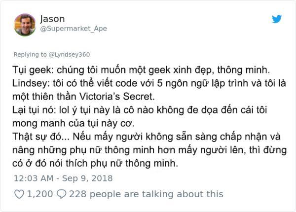 Cựu thiên thần Victoria's Secret bị chế giễu vì biết lập trình, bao giờ người ta mới thôi định kiến 'xinh đẹp = ngu dốt'?