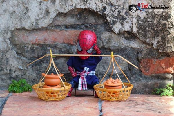 Sau khi sang Thái, Người Nhện 'baby cute' phải làm đủ nghề để kiếm sống