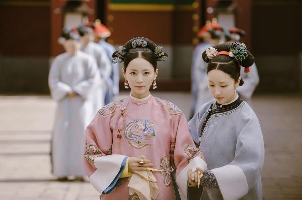 'Thuần phi' Vương Viện Khả, Dương Dung kể về hiện thực cay đắng của những nữ diễn viên U40