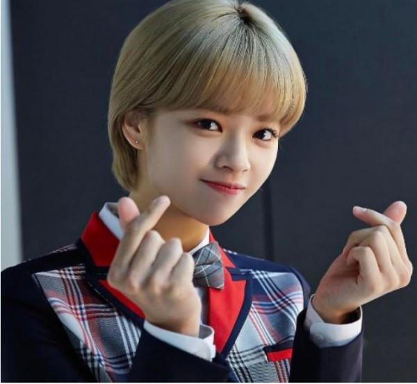 Những idol K-Pop nổi tiếng có thể mắc chứng rối loạn ám ảnh cưỡng chế