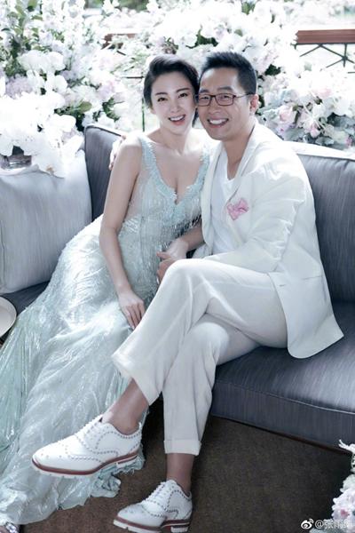 Kết hôn vội vã sau 70 ngày yêu, mỹ nhân phim Châu Tinh Trì bị điều tra vì dùng dao đâm chồng