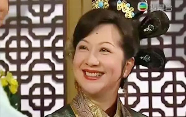 Dù đã U70, 'Chị cả TVB' Tiết Gia Yến vẫn dứt khoát 2 lần từ chối lời cầu hôn của đại gia kém tuổi