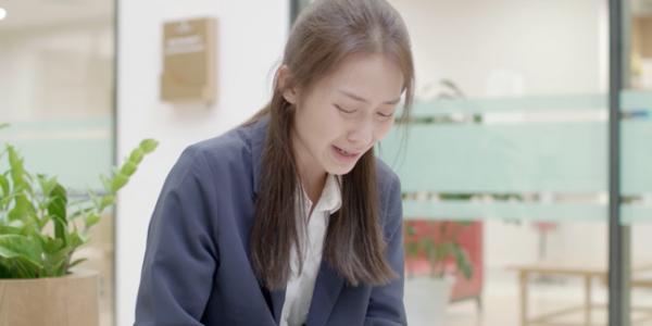 'Hậu Duệ Mặt Trời': Thua gì thì thua chứ body sáu múi Song Luân quyết phải 'trên cơ' Song Joong Ki