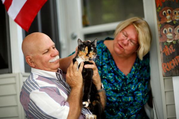 Những câu chuyện khó tin về hành trình đoàn tụ với chủ nhân của thú cưng (Kỳ 1)