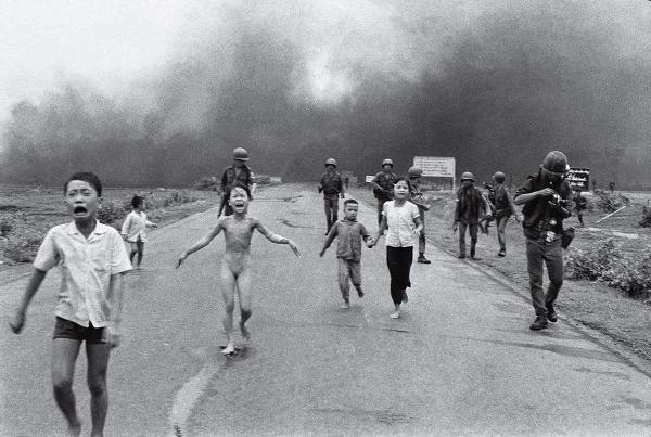 Lần lại lịch sử qua 20 bức ảnh có sức ảnh hưởng lớn nhất mọi thời đại (Phần 2)