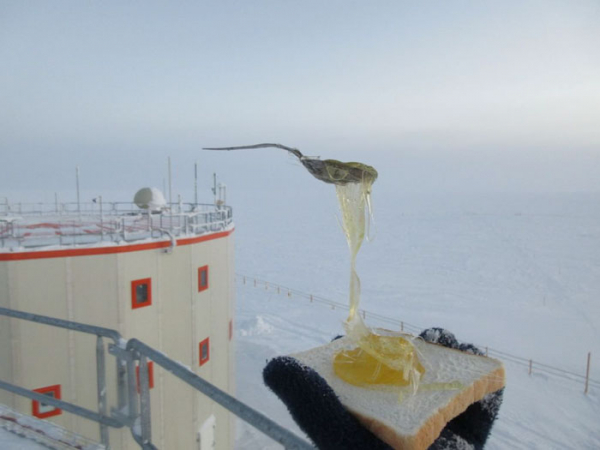Nghe kể chuyện nấu ăn ở Nam Cực âm 70 độ C: Nhiều hiện tượng lạ lùng còn hơn phim viễn tưởng