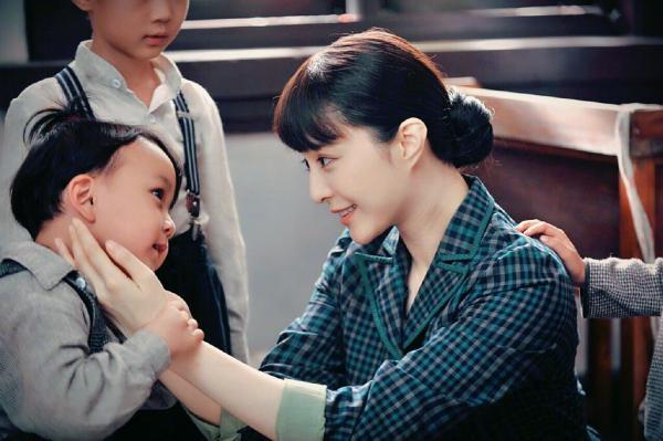 Phạm Băng Băng 'ôm' thù lao trốn thuế, đạo diễn 'Air Strike' lao đao vì phim tâm huyết 8 năm bị hủy chiếu