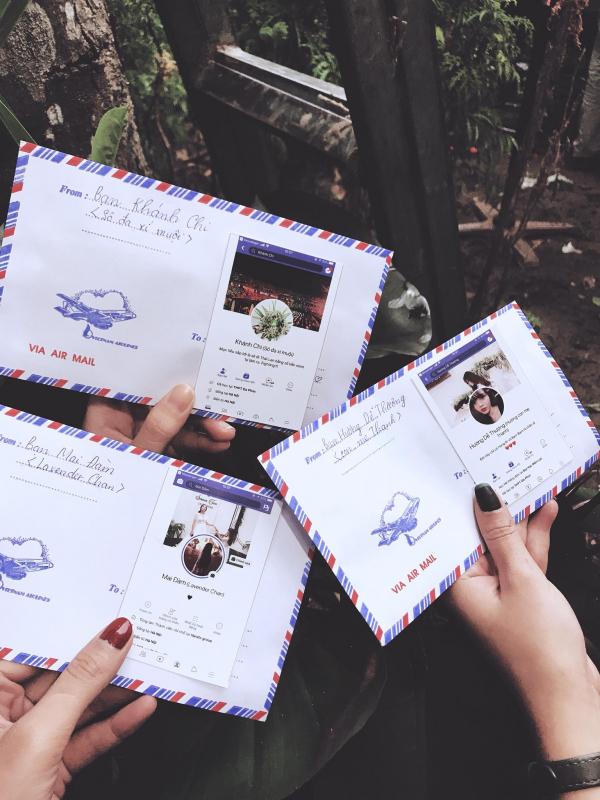 Phong bì mừng cưới thời 4.0 đính kèm cả trang Facebook để khỏi sợ nhầm