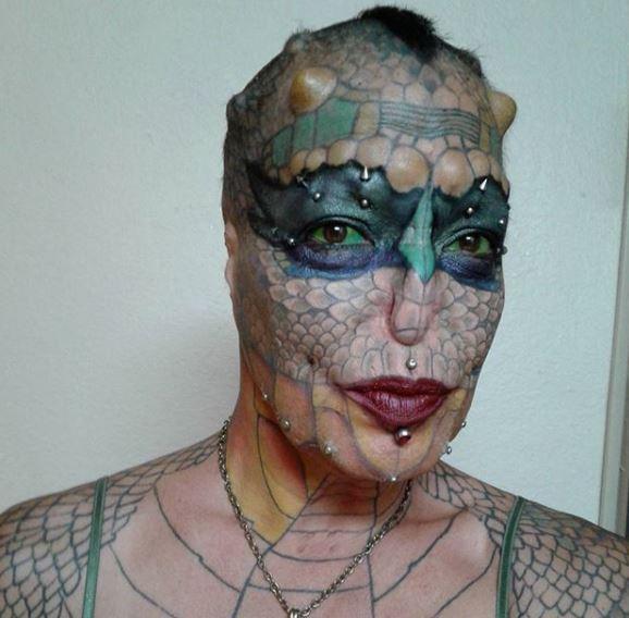 Chuyện lạ: Một người phụ nữ chi hơn 1,4 tỷ VNĐ để phẫu thuật thẩm mỹ thành... con rồng