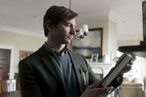 Plot twist gây sốc trong 'The Haunting Of Hill House' cho thấy nó vượt tầm một bộ phim kinh dị bình thường
