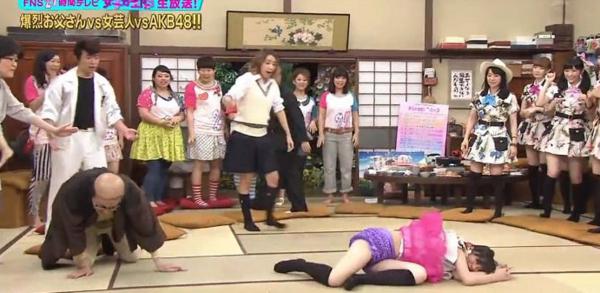Cận cảnh cuộc sống của idol Nhật Bản: Bị hành hạ tinh thần và xem như vật mua vui trên truyền hình