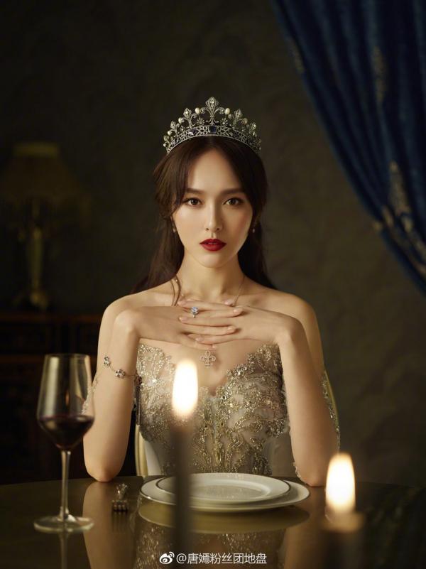 Xếp hạng mức độ làm việc bán mạng của 5 mỹ nhân hàng đầu Hoa ngữ: Khi số phim tỷ lệ thuận với độ nổi tiếng