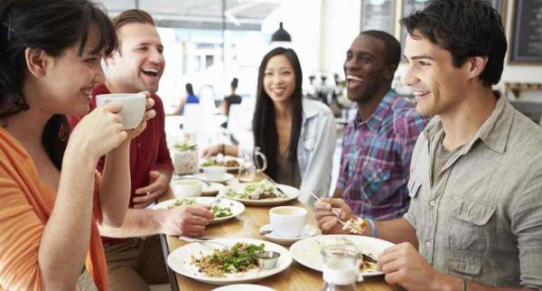 Bị chê nhạt cả đời, đây là những cách khiến cuộc trò chuyện của bạn 'nhiều muối' hơn