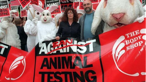 Vì sao nên dùng mỹ phẩm không thử nghiệm trên động vật?