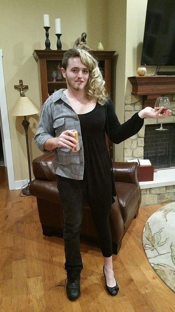 Halloween này bạn đã có đồ đôi chưa?